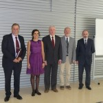 Dr. Virginia Valderrey with her supervisor, Prof. Ballester, and the evaluation committee.