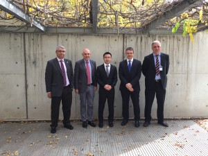 Dr. Xiang with the members of the evaluation committee and his supervisor, Prof. Antonio M. Echavarren