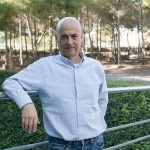 Antoni Llobet has been awarded the Alexander von Humboldt - J.C. Mutis Research Award.